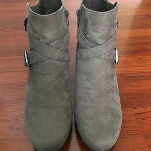 "Croft & Barrow Ortholite ""Bertha"" Gray Ankle Boots"